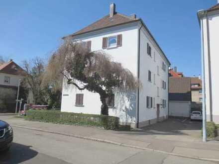 """""""Zentrumsnah - 3-ZI-Whg ca. 58 m², Außenstellplatz, ohne Balkon in Reutlingen"""""""