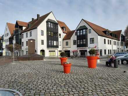 von privat! Schmuckstück im Zentrum über den Dächern von Neuburg; 4ZKBWC; 112qm; +80qm Nutzfläche