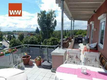 Penthouse-Feeling: 4,5-Zimmer-Dachgeschosswohnung mit herrlichem Ausblick