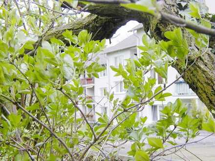 Mülheim-Ruhr, helle, ruhige 3 Zimmer Erdgeschoßwohnung mit Balkon und Garten