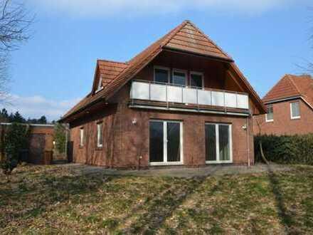 Aschenstedt: Einfamilienhaus mit Garage und Loggia in angenehmer Lage vor den Toren der Kreisstad...