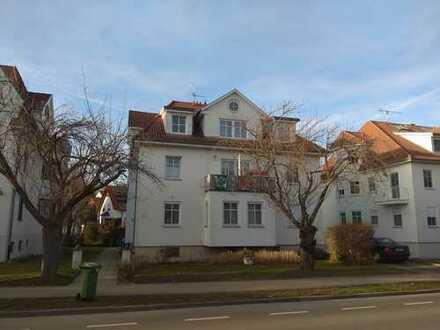 Stilvolle, vollständig renovierte 3-Zimmer-Dachgeschosswohnung mit Empore in Rottenburg (Kernstadt)
