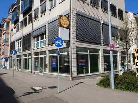 Mit Tageslicht durchfluteter Laden, 178 m², 300 m vom Pasinger Bahnhof - am Pasinger Marienplatz!