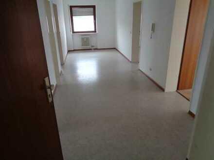 Exklusive, modernisierte 3,5-Zimmer-Wohnung mit Balkon und EBK in Rheinfelden