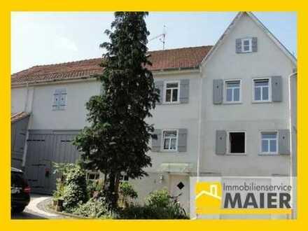 Aufwändig saniertes 2-Familienhaus mit 3 Bädern, 3 Balkonen, großem Garten und viel Stauraum!