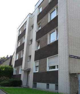 Komfortable bezugsfertig kernsanierte Wohnung mit sonnigen Balkon