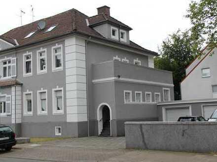 Schöner renovierter Altbau 285qm Wohnfläche, geräumiges Haus mit acht Zimmern in Essen, Karnap,
