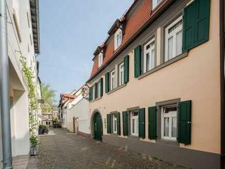 Exzellente Altstadtlage - Zwei MFH in Topzustand; ideal zur Eigennutzung/Vermietung!