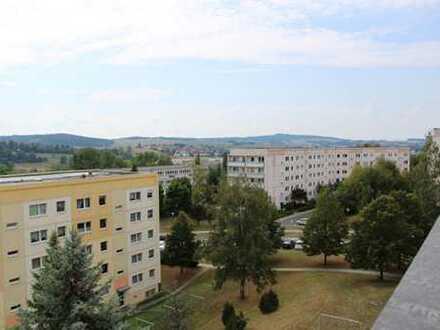 Ab März 2020 zu vermieten - Geräumige 4-Raum-Wohnung mit Balkon in beliebter Lage