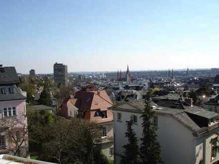 Helle 3,5-Zimmer Wohnung in bevorzugter Lage in Wiesbaden