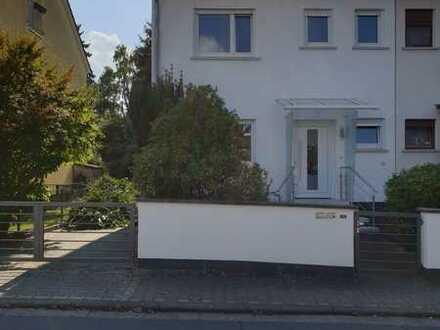 Doppelhaushälfte zum Verlieben! Hier in Rödermark!