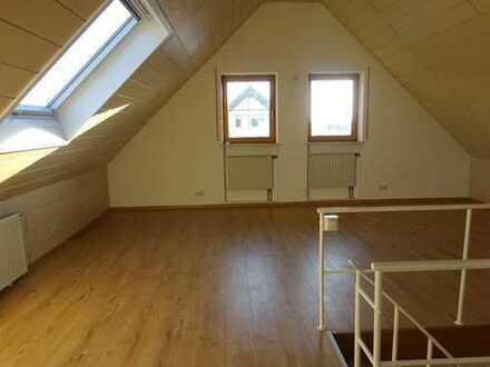 Modernisierte 4,5-Raum-OG+Studio-Wohnung mit Balkon und Gartennutzung in Memmingerberg