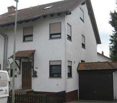 Hochwertige 6- Zimmer DHH ( 163m²) in 67354 Römerberg-Heiligenstein zu vermieten!!