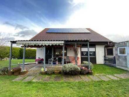(KA1298) Einfamilienhaus mit Doppelgarage