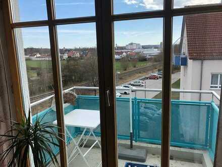 2 Zimmer-Dachgeschoß-Wohnung mit Balkon