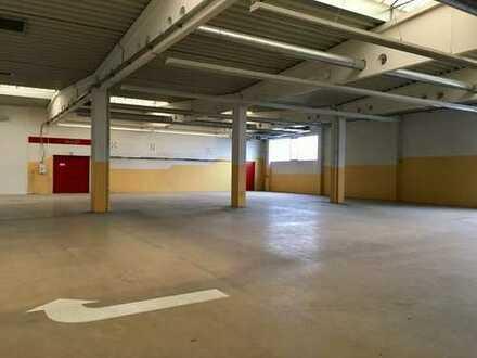 Halle / Lager / Produktion / Ausstellungsfläche zentral zu vermieten
