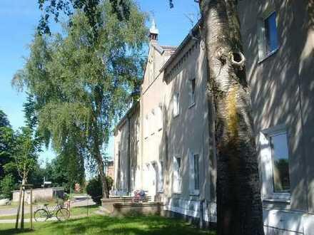 Mehrfamilienhaus/ehem. Gutshaus mit 13 WE im Speckgürtel von Wismar zu verk.