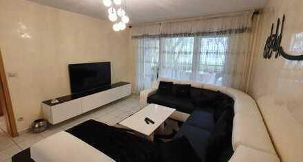 Tolle Gelegenheit*** Zentral gelegene 4 Zimmer-Wohnung mit Balkon nähe U-Bahn Große Nelkenstraße!