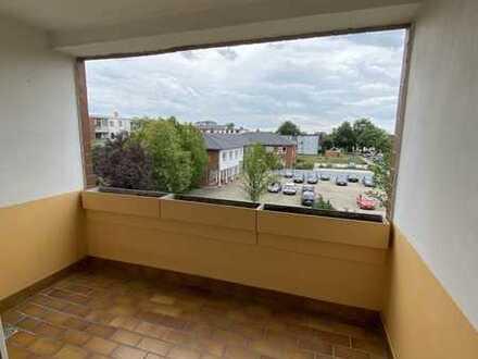 Gepflegte 1-Zimmer-Wohnung mit Balkon und Einbauküche in Burgdorf