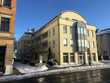 Komfortable 3 Raumwohnung in modernem Wohn- und Geschäftshaus wartet auf neue Besitzer!