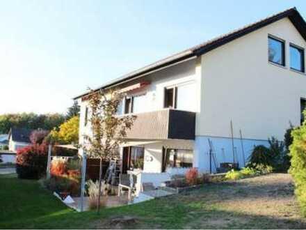 Stilvolle 4-Zimmer-Erdgeschosswohnung mit Terrasse und Garten in Sinsheim