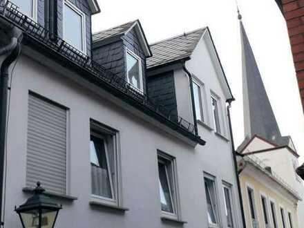 Gepflegte DG-Wohnung 3 Zimmer, Küche, Bad in Kastellaun