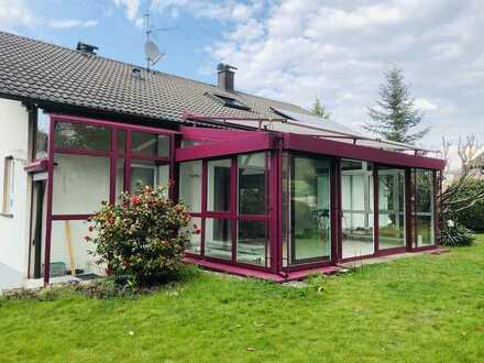 Schöne fünf Zimmer Wohnung mit Garten in Sinzheim/Winden