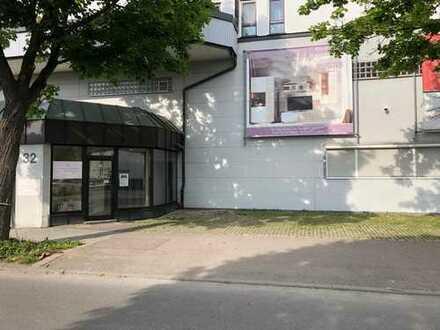 150m2 Lager/Lagerverkauf/Outlet/Servicefläche*Beste Lage Nähe Baumarkt/Discounter/Autohäuser u.v.m.*
