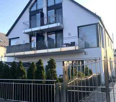 Waldtrudering - Design-Wohnung mit exklusiver Ausstattung- 3,5 Zimmer - offene Wohnküche - 2 Balkone