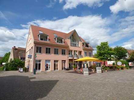 Großzügige und helle 2 Zi. Maisonettewohnung in zentraler Lage von Kirchzarten mit schöner Loggia !