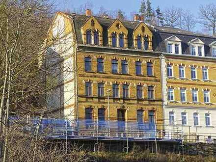 Mehrfamilienhaus/Sanierungsobjekt unweit des Zentrums