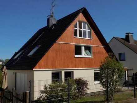 Umfangreich modernisiertes, freistehendes Einfamilienhaus in TOP-Wohnlage!