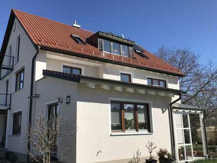 3,5-Zimmer-Dachgeschoss-Wohnung mit Balkonen in Schrobenhausen zu vermieten!