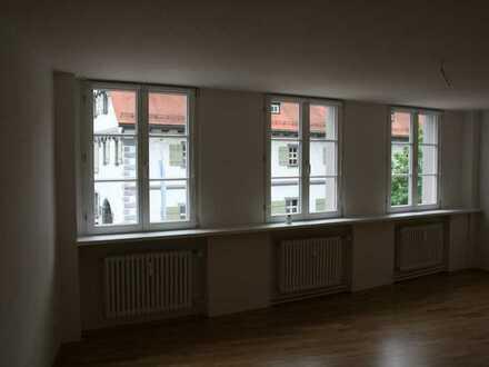 Stilvolle, gepflegte 2-Zimmer-Wohnung mit Einbauküche in Ravensburg