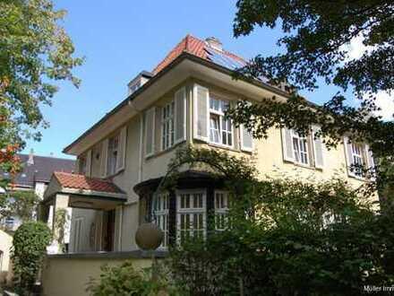 Repräsentatives und exklusives Wohnen in einer Villa am Wasserturm