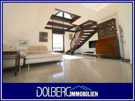 Helle Wohnfühlwohnung mit vielen Möglichkeiten und Duplex-Doppelgarage
