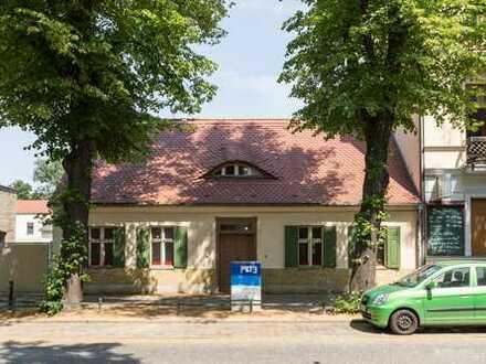 Rarität - Eines der letzten freien Weberhäuser in Babelsberg