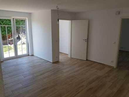 Erstbezug: stilvolle 2-Zimmer-EG-Wohnung mit Terrasse und Garten in Otzberg