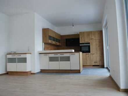 Extravagante Penthousewohnung mit Dachterrasse und schicker Einbauküche, Lüftungsanlage und Aufzug