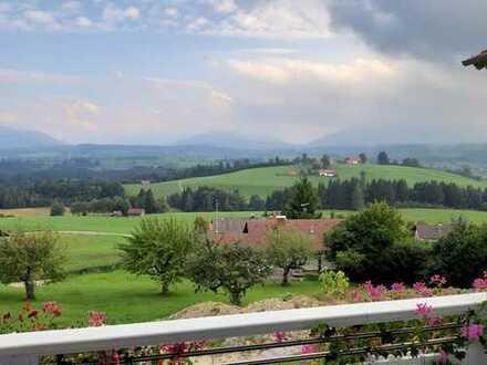 Alpenpanorama vom Sonnenbalkon - Großzügige Wohnung in Traumlage