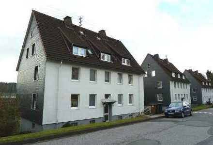 gemütliche und gut aufgeteilte Erdgeschosswohnung mit großer Wohnküche in Tallage von Kreuztal