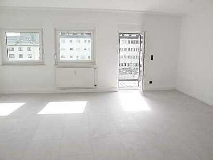 Attraktive, lichtdurchflutete 5-Zimmer-Wohnung mit Balkon in Koblenz