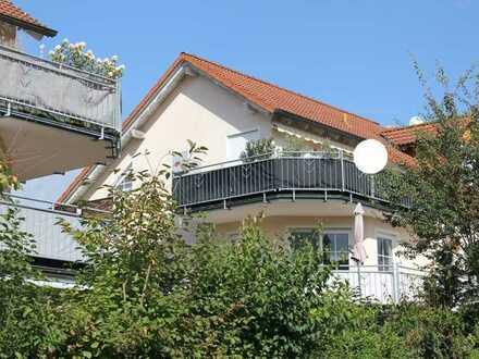 2 - Zimmer - Eigentumswohnung mit großem Balkon in ruhiger Lage