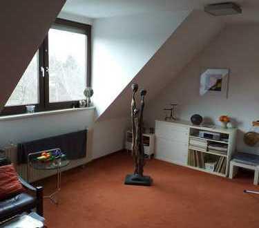 Gepflegte 2,5-Zimmer-Maisonette-Wohnung mit EBK in Bochum
