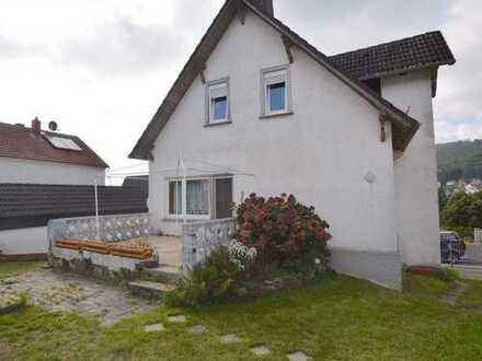 EFH mit Baupotential und großem Garten in schöner, ruhiger Lage in Kelkheim-Ruppertshain