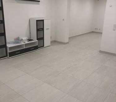 480 €, 80 m², 2 Zimmer