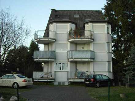 Neuwertiges 1 Zimmer Apartment mit Balkon