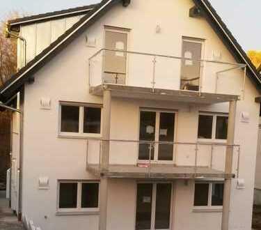 Neubau, moderne 5-Zimmer-Maisonette, 2 Balkone, Westheim nahe ZK