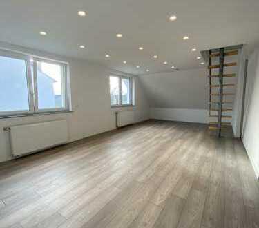 moderne, attraktive und helle DG-Wohnung 1.130 €, 103 m², 4 Zimmer