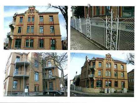 Freundliche 4-Raum-DG-Wohnung mit EBK und Balkon in Dresden